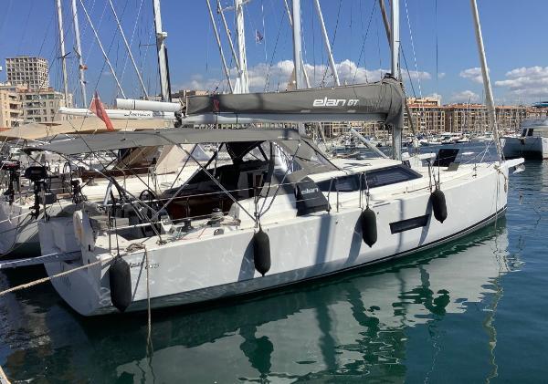 Elan GT5 Original Boat