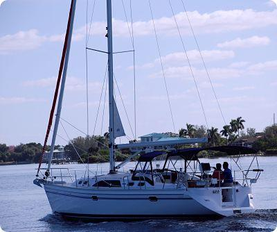 Catalina 385 Manufacturer Provided Image
