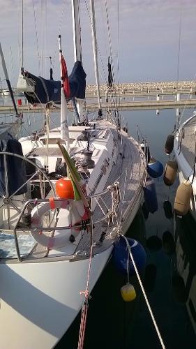 Sailboat ALTURA 45