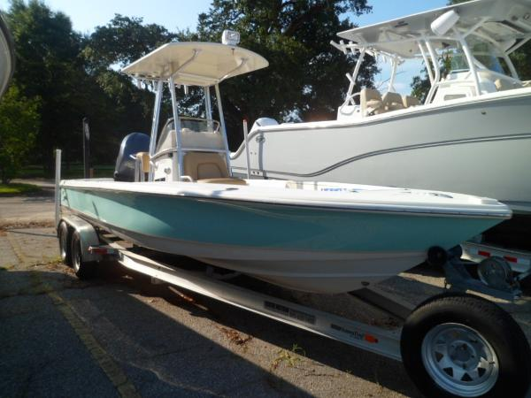 Scout 221 Winyah Bay STARBOARD BOW ON TRAILER