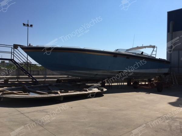 Apache Powerboat 47