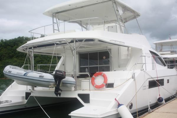 Leopard 51 PC Main Yacht View (1)