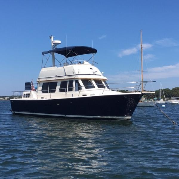 Sabreline Fast Trawler Starboard Profile