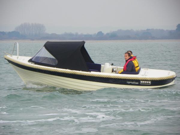 Admiral (Mariner) Boats 561XL