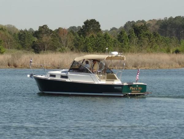 Legacy 28 Port side in creek