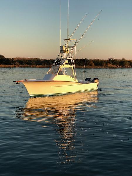 Heritage Yacht Custom Carolina Walkaround Express