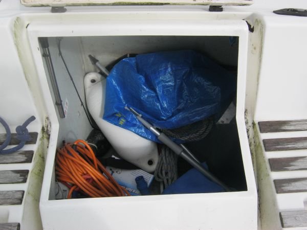 Cockpit locker