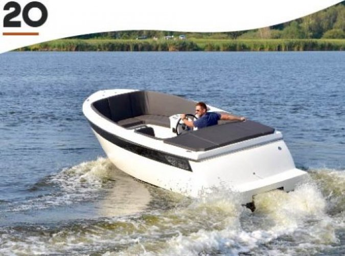 TendR 20 outboard