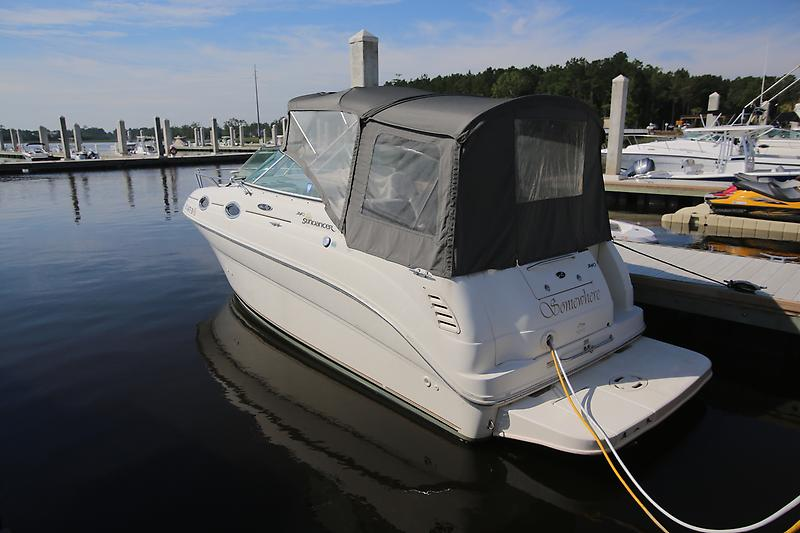 "Sea Ray 240 Sundancer ""SOMEWHERE"" - 2004 Sea Ray Sundancer"