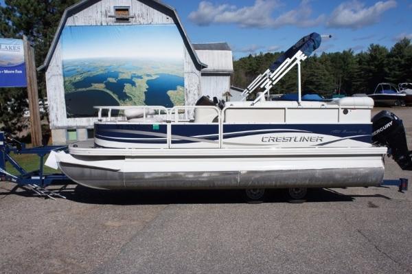 Crestliner 20'' Fish and Cruise pontoon