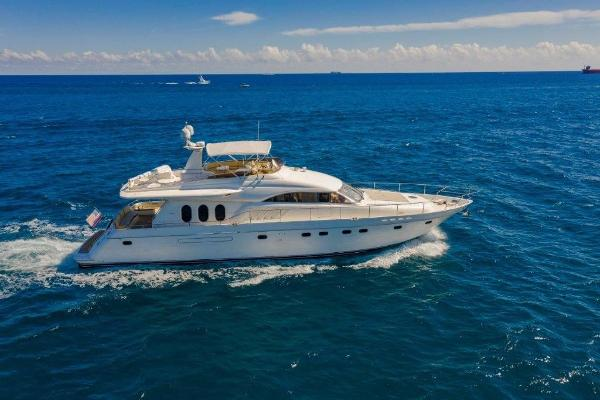 Viking Sport Cruisers Motor Yacht