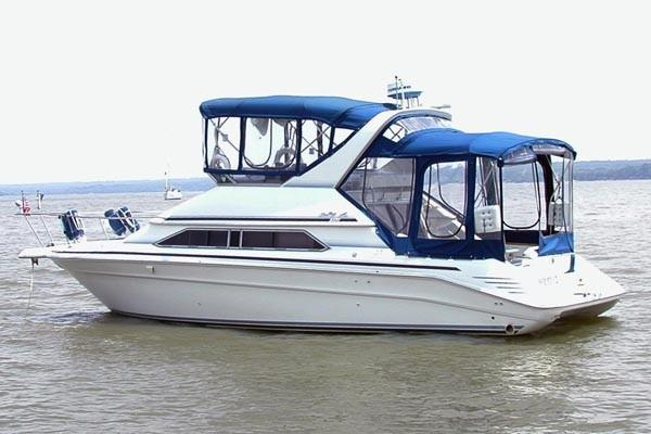 Sea Ray 350 Express Cruiser