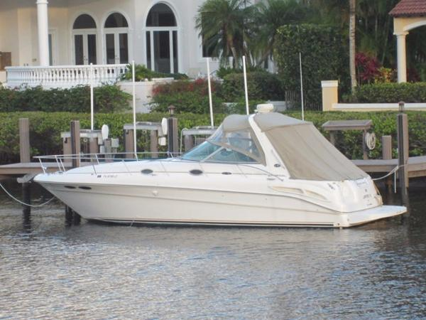 Sea Ray 340 Sundancer Profile
