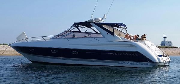 Sunseeker Comanche 40 Main