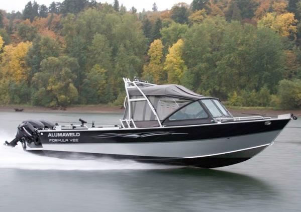 Alumaweld Formula Vee Outboard 22