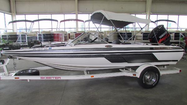 Skeeter SL 190