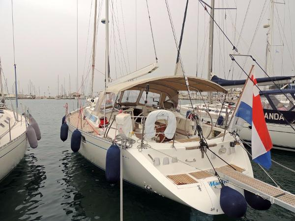 Beneteau Oceanis 500 Owners version