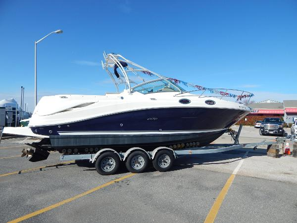 Sea Ray 270 Amberjack Stbd. Side