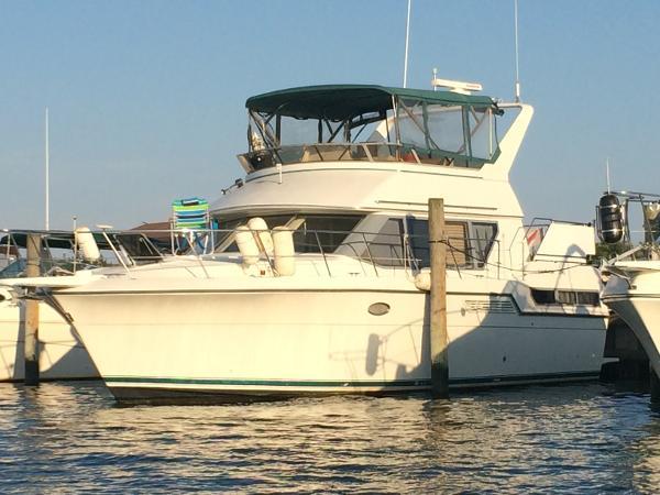 1981 viking 43 double cabin motor yacht port jefferson for Viking 43 double cabin motor yacht