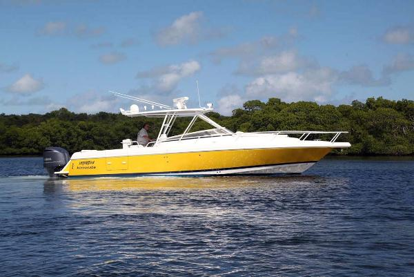 Intrepid 35 Walk Around Starboard Profile