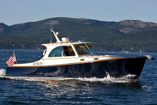 Hinckley Picnic Boat 37 S Manufacturer Provided Image