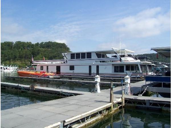 Sumerset Houseboats 18x90