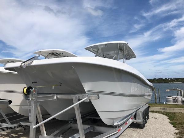 Twin Vee OceanCat 310 GF