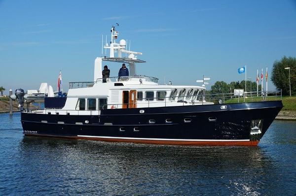 Altena Blue Water Trawler '58
