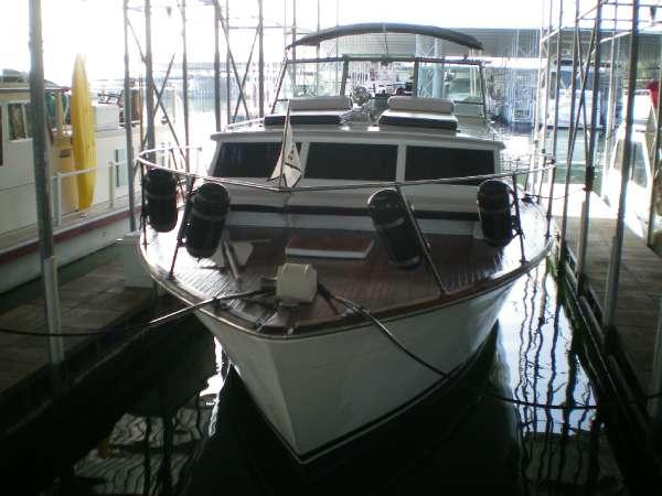 Trojan Boats Tri-Cabin Cruiser
