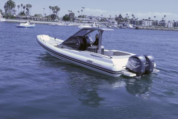 Lomac Gran Turismo 10.5 Inflatable LOMAC EXTERIOR