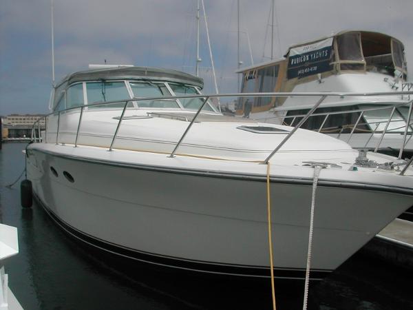 Tiara 4300 Open Bow Starboard