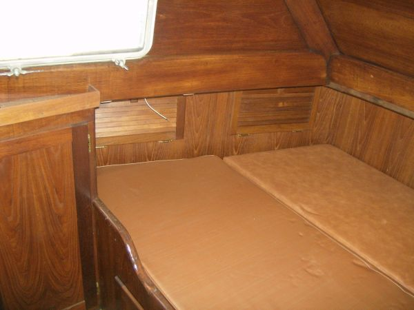 aft cabin from entrance