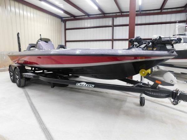 Falcon Bass Boats F205