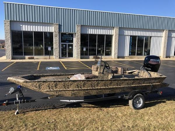 Lowe Boats Roughneck 1860 CC