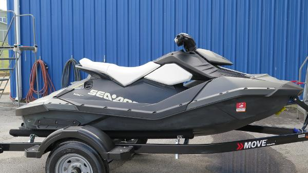 Bombardier SEADOO SPARK 2UP W/ IBR