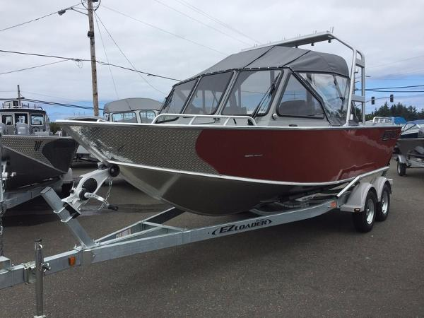 North River Seahawk Outboard 21'