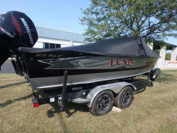 Lund Pro-V 2175 Sport