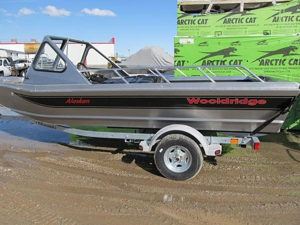 Wooldridge Alaskan 17' Windshield