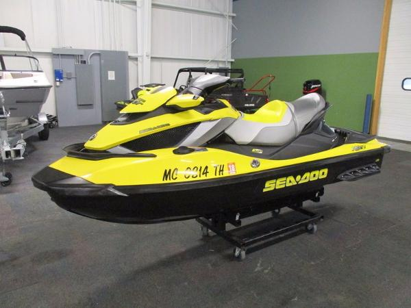 Sea-Doo RXT RXT iS 255