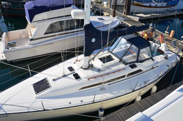 C&C Fiberglass 37/40 Top Deck Profile
