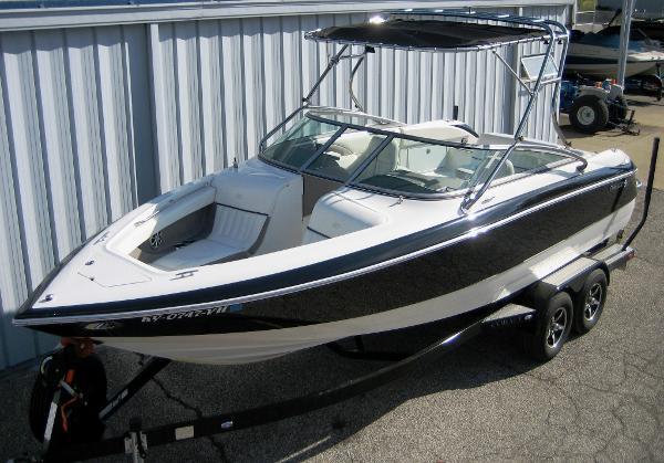Cobalt 240 Bowrider