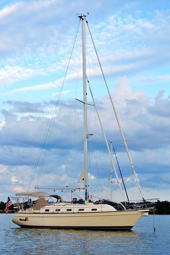 Island Packet 370 Mango III at Anchor