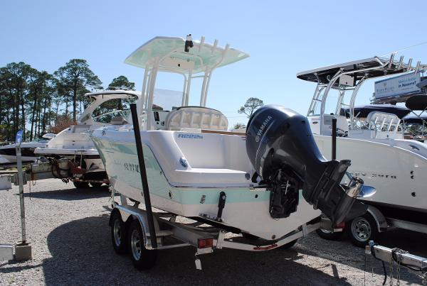 Robalo R222ES Center Console 2017-Robalo-R222ES-Center-Console-Fishing-Boat-For-Sale