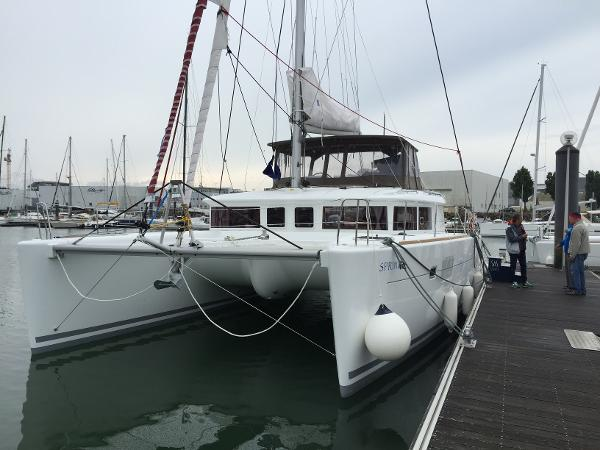 Lagoon 450 Owners Version