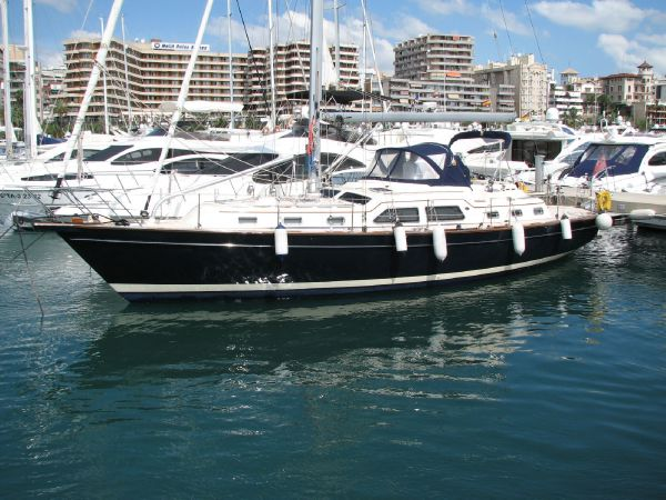 Island Packet 465 Island Packet 465 sail yacht for sale