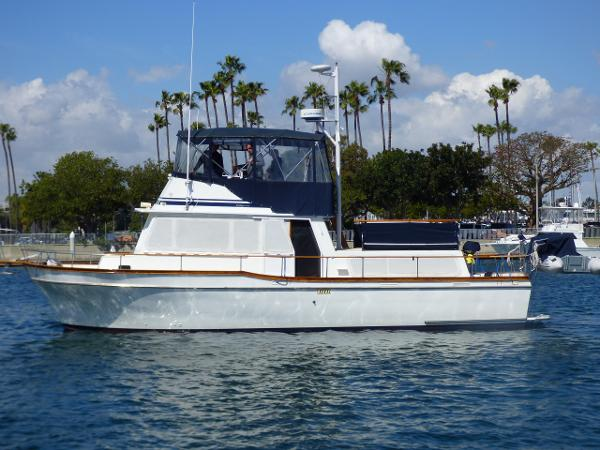 Californian 42 LRC Port Profile
