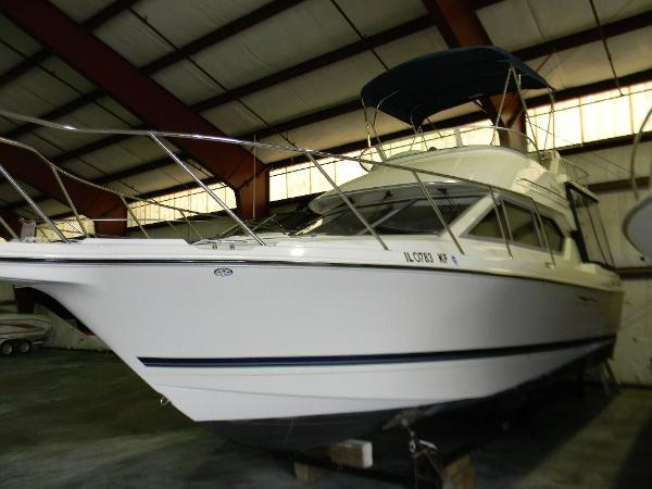 Bayliner 288 Discovery Exterior Port Profile