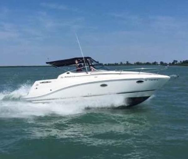 Rinker 280 Express Cruiser
