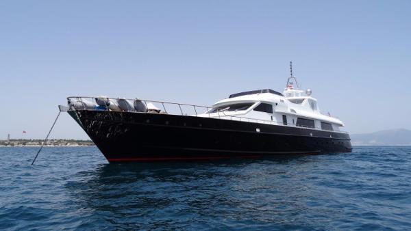 Lürssen Jaguar Navy Vessel