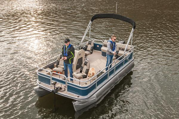 Crestliner 180 Sprint Fish & Cruise